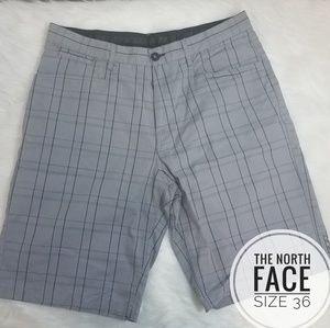 Mens size 36 The North Face Gray Plaid Shorts